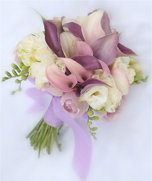Colorful Bridal Flowers for California Wedding - share a happy day.