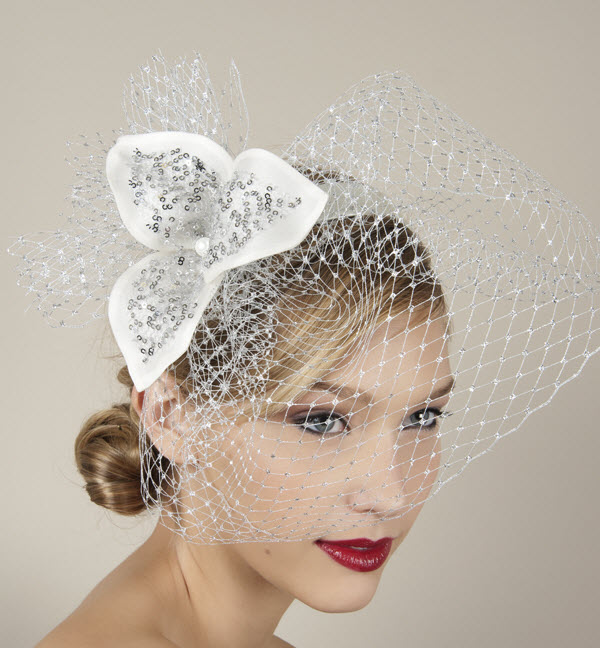 Alluring hats to compliment your wedding dress on dothan for Dress hats for weddings