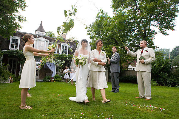Upstate new york weddings for the late months of 2013 for Cheap wedding locations nyc
